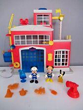 Maison/Caserne/Pompier Sonore et lumineuse (sirène) de MICKEY + Minnie et Pluto