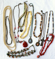 LOT OF 12 MIXED ASSORTED JEWELRY FASHION NECKLACES
