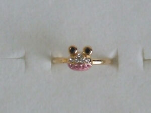 NWT Rhinestone Pink Frogs Gold Tone Rings Gift Size Adjustable