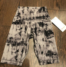 "NWT Lululemon Size 4 Align SHR Short 10"" Black Gray Tie Dye GADC"