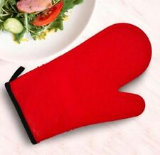 Heat Resistant Silicone Rubber Oven Mitt Textured Solid Red Color Gloves