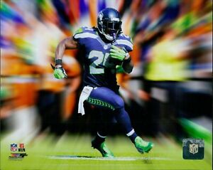 Marshawn Lynch Seattle Seahawks NFL Licensed Unsigned Matte 8x10 Photo A
