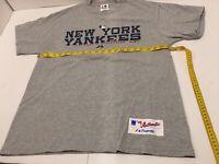 Vtg Majestic New York Yankees T-Shirt Size Medium  Gray .