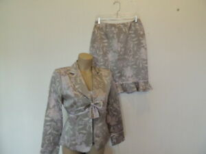 New with tag $259.99 Nipon Boutique size 6P 3pc jacket, top, skirt suit