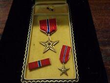 WWII US Bronze Star Medal set in titled case