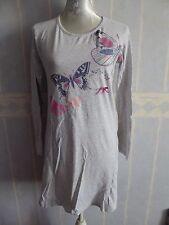 Chemise de nuit gris clair, manches longues, taille 38/40