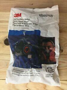 3M 6200 Half Facepiece Reusable Respirator, Respiratory Protection Size MEDIUM