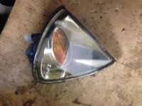 2001 1.8 VVTI ESTATE TOYOTA AVENSIS T22 DRIVER SIDE RIGHT FRONT INDICATOR LIGHT