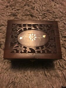 Aromatherapy Carved Floral Wooden Box Holds 12 X 10ml Bottles, Handmade