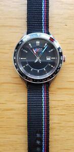 BMW M Armbanduhr gebürstetes Edelstahlgehäuse - Tachymeterring