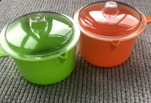 2 Microwaveable Saucepans With Lids 800ml O.8l BPA Free NEW FREE P&P