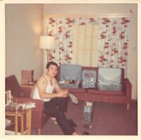 HANDSOME MUSCULAR MAN GUITAR TATTOO SHINES SHOE MOTEL ROOM VTG GAY INT PHOTO S95
