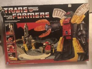 Transformers Original G1 1985 Omega Supreme Autobot Defense Base Complete w/ Box