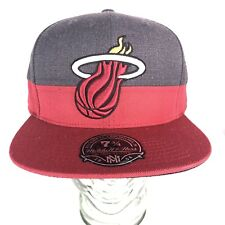 Miami Heat Two Tone Mitchell & Ness Gray & Red Fitted Hat NBA Size 7 3/4 BX2