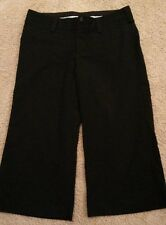 MAURICES CAPRI STRETCH WOMEN'S BLACK PANTS sIZE 5/6 3 POCKETS, 1 IN FRONT, 2 BK