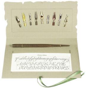Kalligraphie Geschenkset neun verschiedene Schreibfedern im Museumskarton Halter