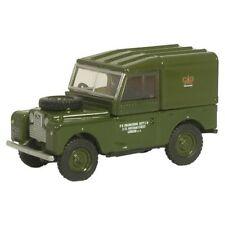 Véhicules militaires miniatures vert moulé sous pression