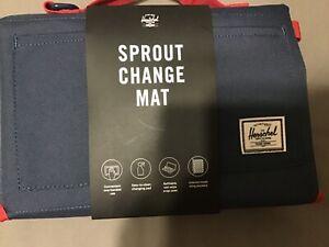 Herschel Supply Co. Sprout Change Mat (Navy/Red)