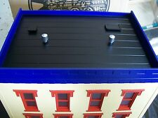 Ives Train Shop  MTH 3 Story City Building # 1 Lighted Pre Assembled Lionel Type
