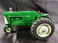 VINTAGE OLIVER 770 LIMITED EDITION SPECCAST  DIECAST 1:16 TRACTOR TRICYCLE1/2500