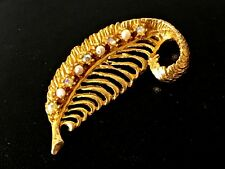 Vintage 60/70s Gold Plate Aurora Borealis & Faux Pearls Feather Shape Brooch
