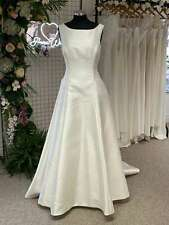 Lou Lou LB252 Elegant A Line Wedding Dress bateau neckline Size 18 RRP £1185