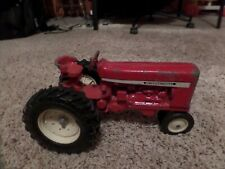 IH Farmall narrow front end Tractor 1:16
