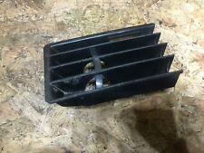 1 X Outside Door Trim Panel Retainer Clip Fits VW /& Audi 3A0853575 55102 POM