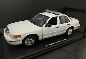2010 Ford Crown Victoria White Blank With Light Bar Last Edition 1/18