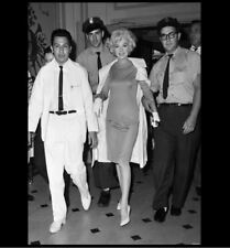Rarely Seen Marilyn Monroe Hospital PHOTO, Sexy Marilyn Leaves After Surgery