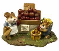 Vintage Wee Forest Folk Miniature Mice Figurine Adams Apples M187 AP 1992 w Box