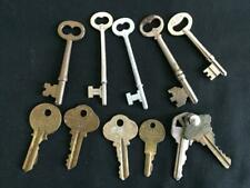 LOT 11 vintage keys 5 skeleton antique metal locks