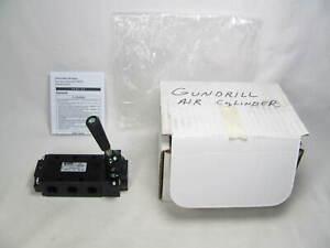 Parker, Directair, Lever/Manual Return Valve, 4-Way, 520831000, New in Box, NIB