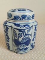 Small Antique Chinese Blue White Porcelain Jar
