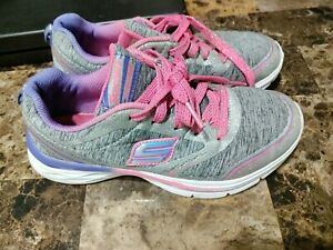 sketcher SN 81464l Pre-owned size 2 girls