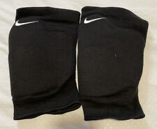 Nike Adult Unisex Essential Volleyball Knee Pad Black 1 Pair Size M/L