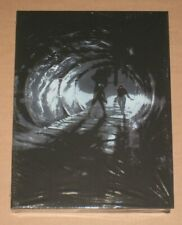 Art of Dead Space Collectors Clamshell Edition -1 of 1000 Limited Collectors 3 2