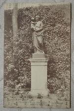 """CPA """" Ecole Saint-Nicolas d' ISSY - Cour d'honneur - Statue de Saint Joseph"""