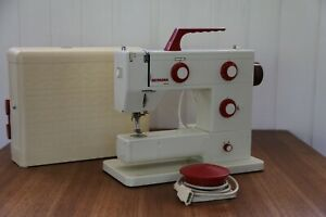 BERNINA Nova 900 Electronic Sewing Machine with Case and Accessories.