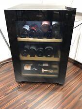 Weinkühlschrank nagelneu, EEK A Schwarz mit UV-Filter, 5 Regale,Haier WS25G