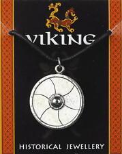Escudo Vikingo colgante de estaño en un cordón encerado