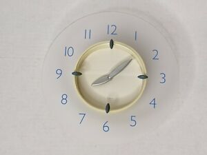 """Michael Graves Design Frosted Acrylic 8"""" Wall Clock Vintage 1999"""