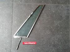 Alfa Romeo Montreal Dreieckfenster mit Rahmen / Ausstellfenster / Gebraucht