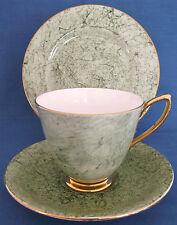 VINTAGE ROYAL ALBERT GREEN GOLD GOSSAMER TRIO CABINET CUP SAUCER PLATE WEDDINGIn