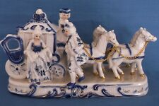 Vintage coach Carriage Chevaux Cendrillon prince princesse figurine en porcelaine