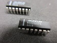 MAX202CPE Maxim doble transmisor/receptor 16-Pin PDIP RS-232 Reino Unido Stock ** X 2 **!!!