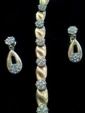 Crown Trifari Rhinestone Gold Ribbon Bracelet Earrings Set