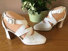 Pied A Terre white all leather platform buckle court shoes UK 3 EU 35.5 bridal