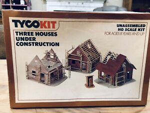 """Tyco Kit Ho Three Houses Under Construction """"New Factory Sealed"""" in OB"""