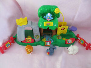 Fisher Price Little People Zoo Set with animal figures and sounds